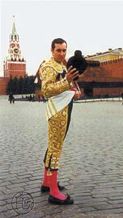 VARIADO: A Solas con el torero ruso, Román Karpujin Finito de Moscu, Gladiadores, Viva México, A solas