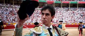 Jiménez Fortes saluda a la presidencia de la plaza de Pamplona