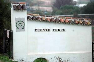 Entrada a la finca Fuente Ymbro.