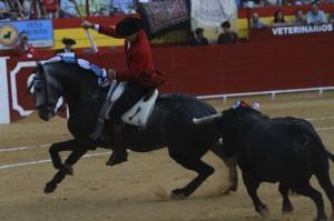 Hermoso recibió al segundo de su lote sobre 'Churumay'. Ftotografía: pablohermoso.net