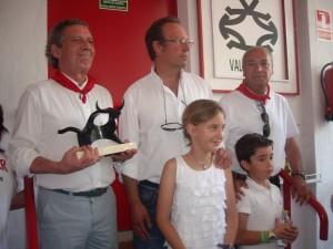 José María Marco, Salvador García y Miguel Criado, y los hijos del ganadero Micaela y Jaime.