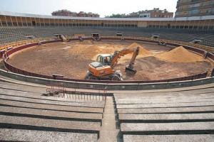 La arena del coso ha sido levantada. Fotografía: Nuria G. Landa.
