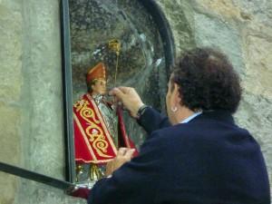 Colocación del nuevo capotico de San Femrín en Santo Domingo.