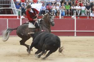 Hermoso paró a su oponente con el joven 'Vinoso'.