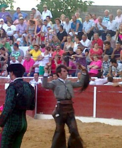Como en El Herrumblar, Armendáriz logró cortar un rabo en la plaza de Entrerríos.
