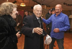 Canito celebrós sus 101 años con su familia.