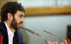 José Tomás durante la presentación en París de 'Diálogo con Navegante'