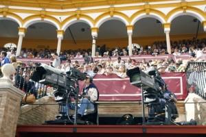 La retransmisión de la Feria de Sevilla está en el aire.