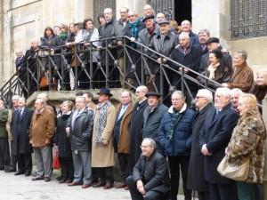 Los socios del Club Taurino de Pamplona en los Carmelitas Descalzos después de la tradicional misa.