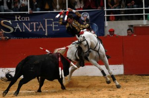 El caballero navarro, con 'PIrata', encandiló al público colombiano de Puente Piedra.