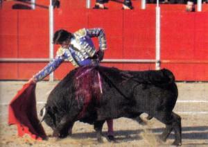 Derechazo de Diego Hermosilla en Ajalvir.