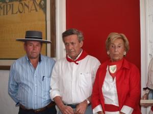 Fernando Pizarro, José María Marco y Dolores Aguirre en un apartado de 2012.