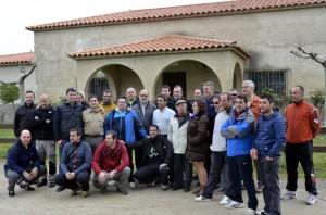 Los mulilleros de Sangüesa con los ganaderos Victorino Martín, en el centro de la imagen.