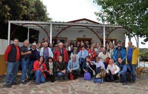 Los socios del taurino pamplonés en la finca de Los Maños. Fotografía: Jaime Esparza.