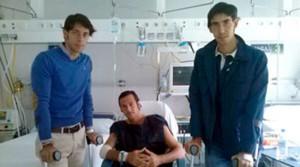 Nazaré y Jiménez Fortes durante la visita a David Mora.