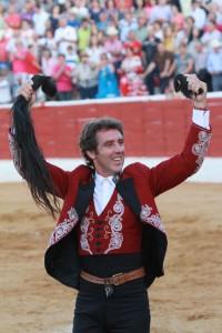 Hermoso logró en Santisteban del Puerto el primer rabo de su temporada europea.