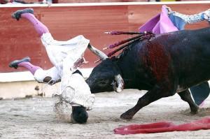 Bolívar sufrió del segundo una expeluznante voltereta, que,por forutna, no tuvo mayores consecuencias.