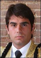 Salvador Vega.