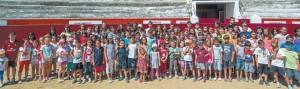 Imagen de grupo de los chavales participantes en el consurso de pintura taurina. Fotografía: Montxo A. G.
