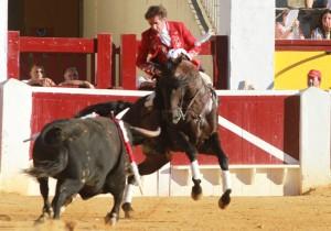 Hermoso y 'Disparate' volvieron a brillar en la plaza de Huesca.