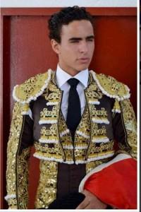 El peruano Galdós se presenta hoy en Navarra como novillero con picadores.