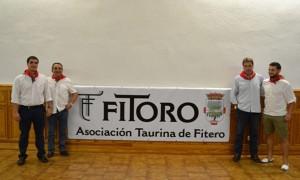 De izda. a dcha., Íñigo Olcoz, vicepresidente de Fitoro, Ángel Vergara, concejal de Festejos, Juan Luis Ruiz, empresario de la plaza de toros, y Jesús Berdonces, presidente de Fitoro.