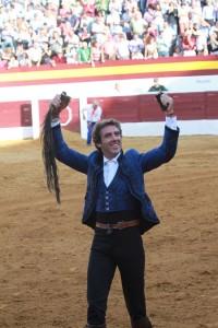 Hermoso de Mendoza consiguió en Zafra el quinto rabo de su temporada.