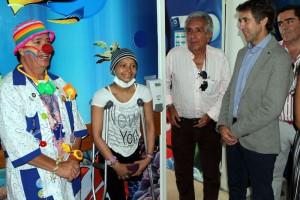 Hermoso de Mendoza en un momento de la visita al Hospital Infantil de Caldas.
