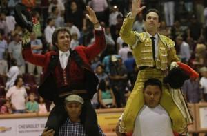 Hermoso de Mendoza repitió en Cancún la salida a hombros del año pasado.