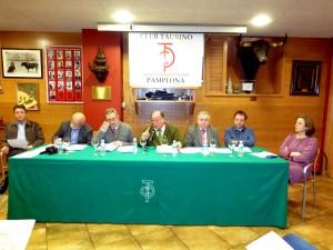 La mesa presidencial en un momento de la junta ordinaria. Fotografía: Miguel Monreal.