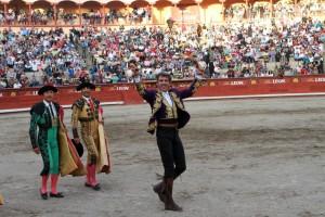 Como el año pasado, Hermoso de Mendoza volvió a cortar dos orejas en la Monumental de Apizaco.