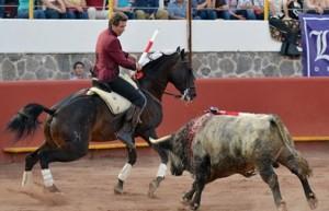 Hermoso montó un auténtico lío con 'Disparate' en la plaza de Teziutlán.