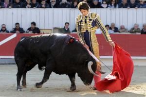 Por la tarde, de los toreros de a pie, Castella cortó la única oreja de la tarde. Fotografía:  Isabelle Dupin.