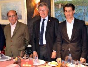 De izda. a dcha., Adolfo Martín, Tomás de Francisco y Francisco Marco.