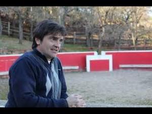 Miguel Reta en su finca La Tejería, en la localidad navaarra de Grocin.