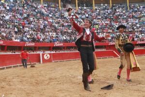 El caballero navarro saldó su actuación en Morelia con sólo una oreja.
