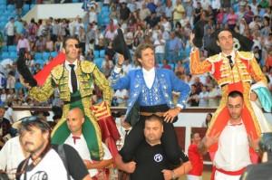 Hermoso ha salido a hombros en León con Ponce y Padilla. Fotografía: Carlos Pinto.