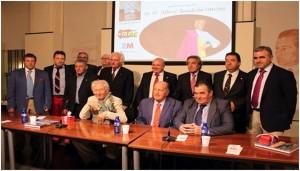 Boadella entre diversos representantes de la UFTAE, con los navarros Garbayo y Alegría a la izquierda de la imagen.