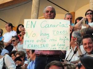 Detalle del público en la plaza de Cáceres el domingo pasado.