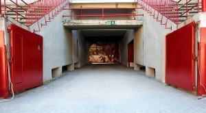 El callejón del encierro de la plaza de toros podría ser un punto de proyección audiovisual. Fotografía: Javier Sesma.