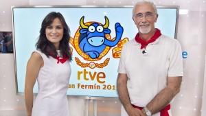 Elena Sánchez y Javier Solano, al frente de la programación especial sobre San Fermín de TVE.