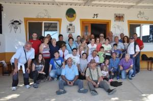 Pie de foto: Los socios del Club Taurino de Buñuel en la finca Vistahermosa de Los Maños.