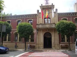 Fachada del Ayuntamiento de Estella.