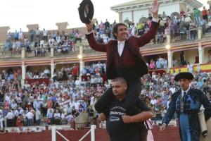 Hermoso de Mendoza salió a hombros en la plaza Cuenca hace tres años.