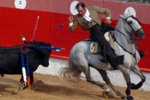 A:   KOLDO LARREA  F:    26-septiembre-2015 P:     L:    CORELLA T:    CORRIDA DE REJONES