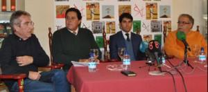 Manuel Ángel Millares, José María Rodríguez y Tomás Campuzano en la presentación del apoderamiento de Salvador Vega.