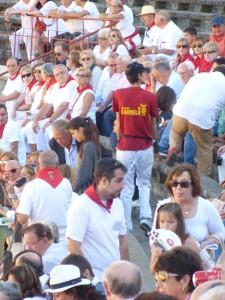Público en los tendidos de sombra de Tudela el año pasado.