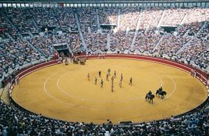 Paseíllo en la plaza de toros de San Sebastián.