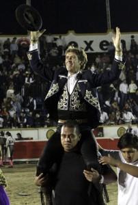 El jinete estellés alcanzó en Puebla las 1.500 puertas grandes de su profesión.
