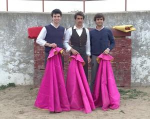 """De izda. a dcha., Antonio Catalán """"Toñete"""", Francisco Marco y Javier Marín."""